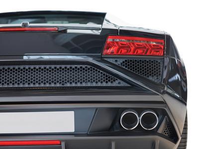 美しく設計された詳細でその後部の部品を示す黒の高級車