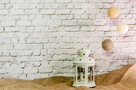 Christmas wallpaper white brick wall with accessories Stockfoto