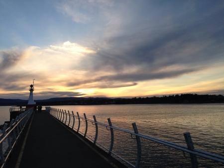 victoria bc: Sun going down Victoria BC