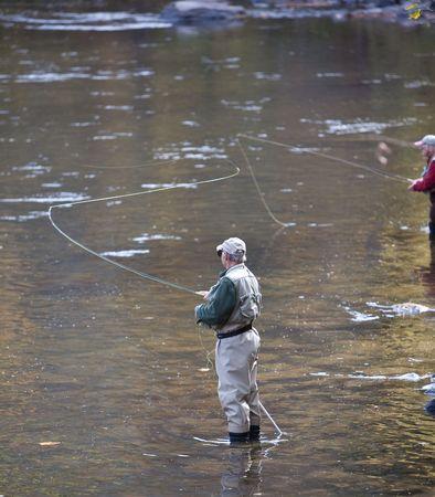 川は釣りをフライします。