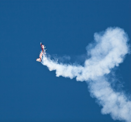 EL PASO � OCTOBER 21:  John Klatt puts on an aerial display at Fort Bliss, Biggs Airfield, during the practice session at the 30th Anniversary Amigo Airsho on October 21, 2011 in El Paso, Texas. Stock Photo - 10950770