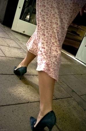 striding: A woman striding in Seattle,WA 82406