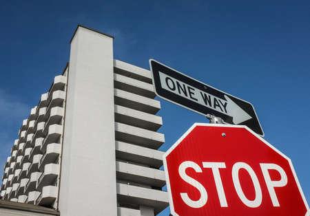 Panneaux de signalisation  Banque d'images - 51652129