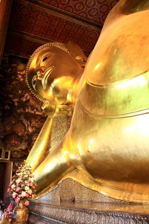 Reclining Buddha in Wat Pho, Bangkok, Thailand Stock Photo