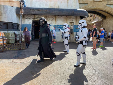 Orlando,FL/USA-10/5/19: Kylo Ren and two storm troopers walking around the Star Wars  Galaxy's Edge area of Hollywood Studios Park at Walt Disney World in Orlando, FL. 報道画像