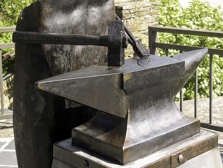 Anvil of forging 写真素材 - 112551273