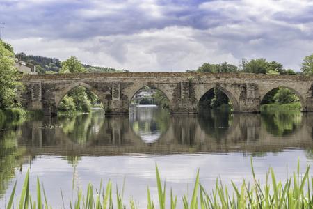 roman bridge of lugo 写真素材 - 112551467