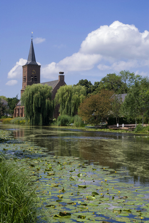 View at the village of Bleskensgraaf
