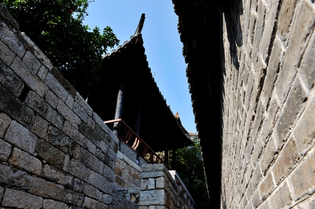 chinese courtyard: Hubu mountain houses