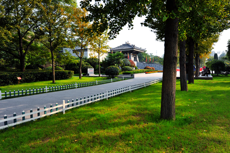 croft: Tomb of the Han dynasty at Guishan of Xuzhou