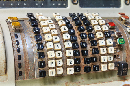 telegrama: calculadora de impuestos vieja m�quina. Foto de archivo