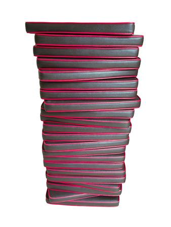 Pilha de almofada de couro isolado no branco. Imagens