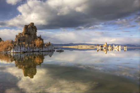 Tufas Reflected in Mono Lake, California Stock Photo - 13843403