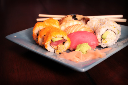 Sushi Deluxe Plate