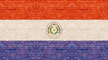 bandera de paraguay: bandera de Paraguay en la pared de ladrillo vieja