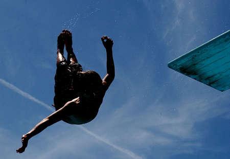 exuberance: Dive