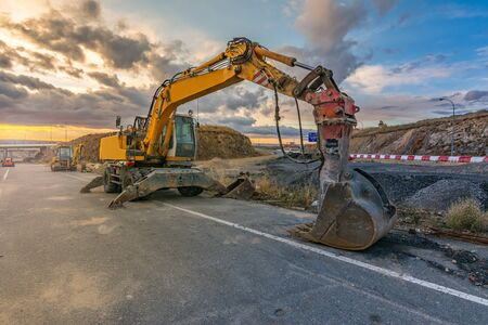 Heavy machinery for the construction of road