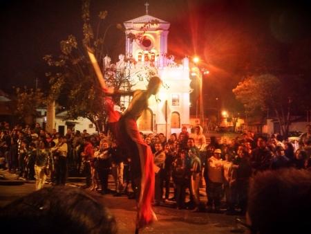 fiestas: Desfile Fiestas Cuenca Ecuador
