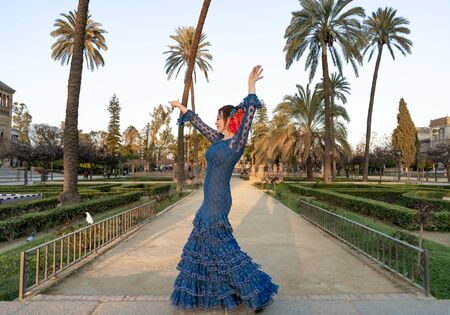 Spanish woman dancing flamenco in Seville, Andalusia, Spain. Banque d'images