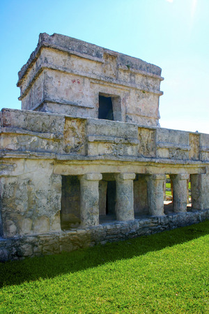 Mayan building or construction, religious porpuses in Tulum near of the beach, vertical photo photo
