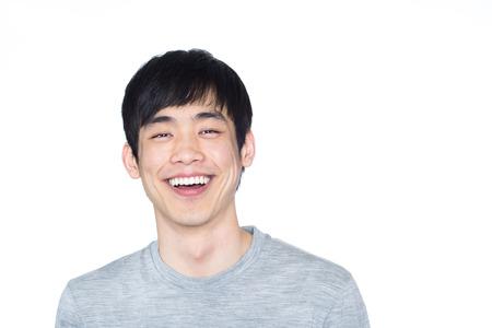 웃는 얼굴로 아시아 남자의 초상화 스톡 콘텐츠