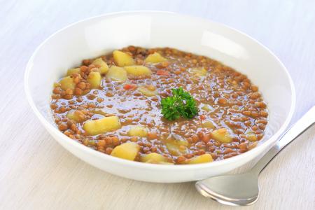lenteja: sopa de lentejas