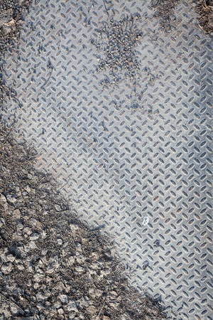 diamondplate: Dirty industrial grip floor texture
