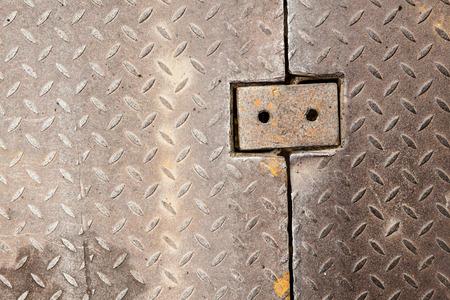 grip: Dirty metal diamond grip pattern