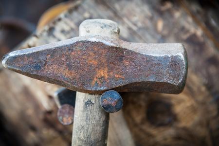 hammer head: Worn old iron hammer head closeup