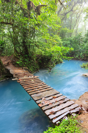 Rio celeste and small wooden bridge