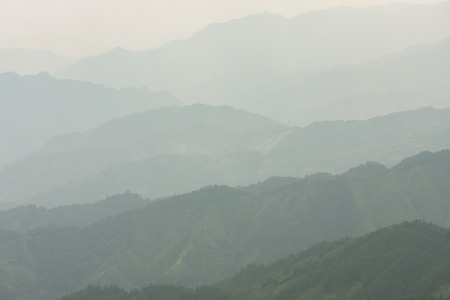 Landscape layers mountains in haze at Longshen China Banque d'images - 119304574