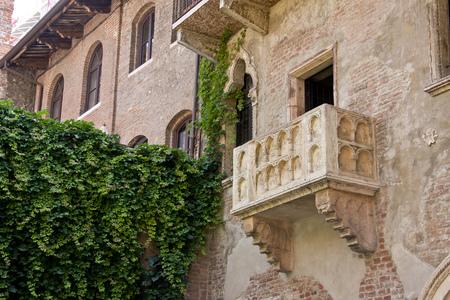 The Balcony of Juliets house, Casa di Giulietta, Verona, Veneto, Italy
