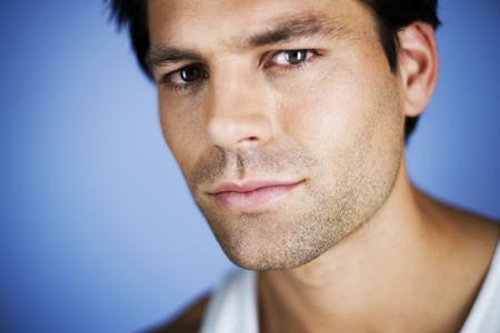 Portrait of a young man‰s face LANG_EVOIMAGES