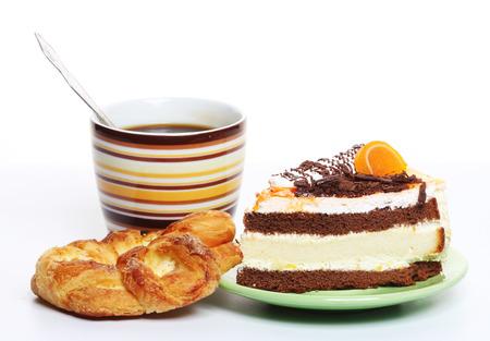 nice food: Вкусные свежие, запеченные шоколадный торт с чашкой кофе Фото со стока