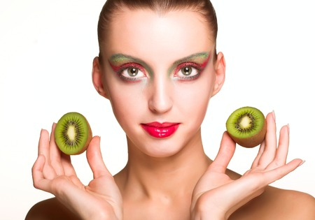 helthcare: woman with kiwi