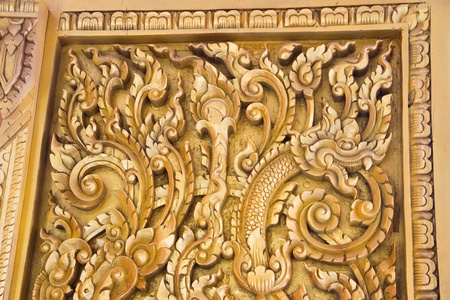 Carved wood thai temple Stock Photo - 13217527