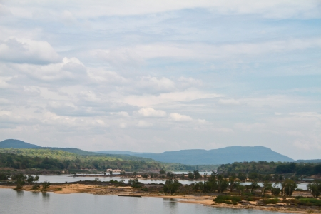 khongjiam: Two colour river