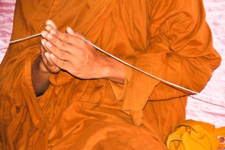 rituales: Los monjes y los rituales religiosos en el templo tailand�s