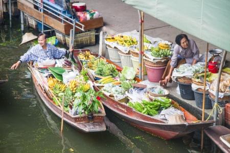 saduak: Damnoen Saduak floating market, Ratchaburi,Thailand