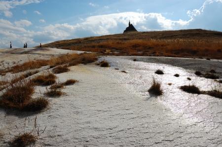 hot springs: Mineral deposits by hot springs