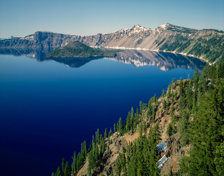 crater lake: Crater Lake with Wizard Island in Oregon