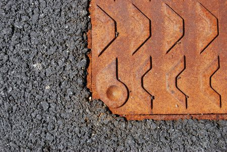 gully: parte de una barranca oxidado en pavimento de hormig�n