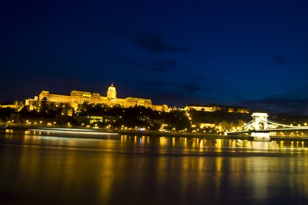 beautiful view of the castle in Budapest at night Stock Photo - 7563358