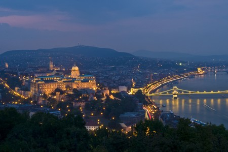 beautiful view of Budapest at night Stock Photo - 7580908