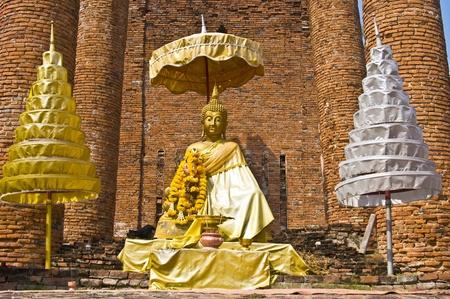 part of the ruin of Wat Thammikarat in Ayutthaya photo
