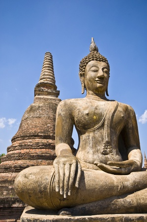 part of the ruin of Wat Mahathat in Sukhothai photo