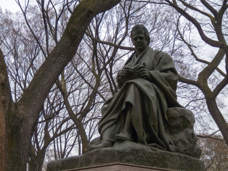 walter scott: sculpture of Walter Scott in the Central Park of NYC