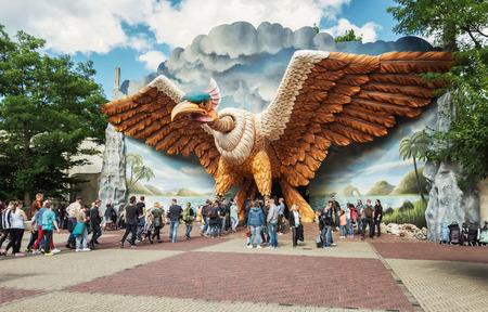 Kaatsheuvel, Netherlands, August 19 , 2017: The entrance of the indoor roller coaster Vogel Rok in the amusement park Efteling in The Netherlands 에디토리얼
