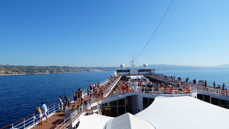 onboard: I see the land!