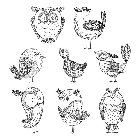 Doodle birds set. Hand drawn amasing birds on white background. Vettoriali